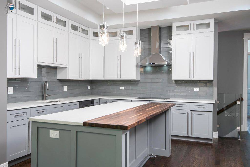 Two Tone Kitchen (White&Gray) - AMF Cabinets